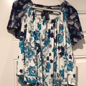 NWT Gorgeous free people open shldr w tie back XS